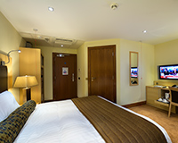 A Deluxe bedroom with disabled access in The Bay Hotel