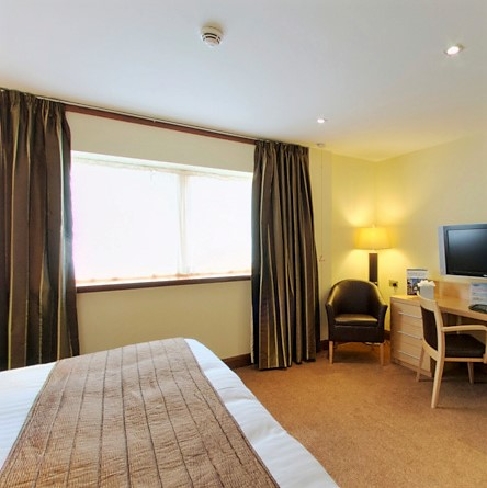 Take a virtual tour of our Deluxe Bedroom (Disabled Access)
